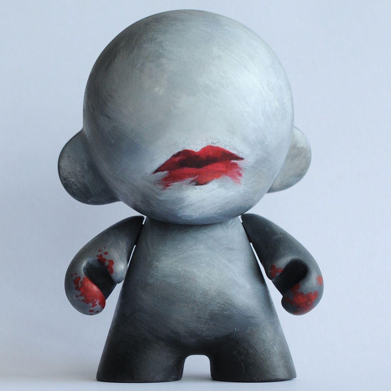 Szminkowaty X (Munny, Kidrobot)